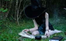 Good Witch, Bad Witch, Sandwich? – There's No Meat in the Idea of a White Witch